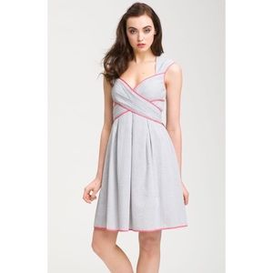 Jessica Simpson contrast trim Searsucker dress